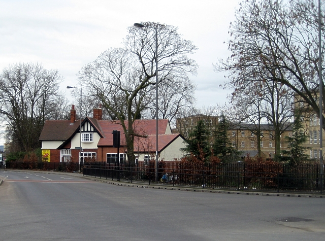 Former Porters Lodge, Aberford Road
