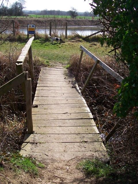 Footbridge over Hammer Dyke