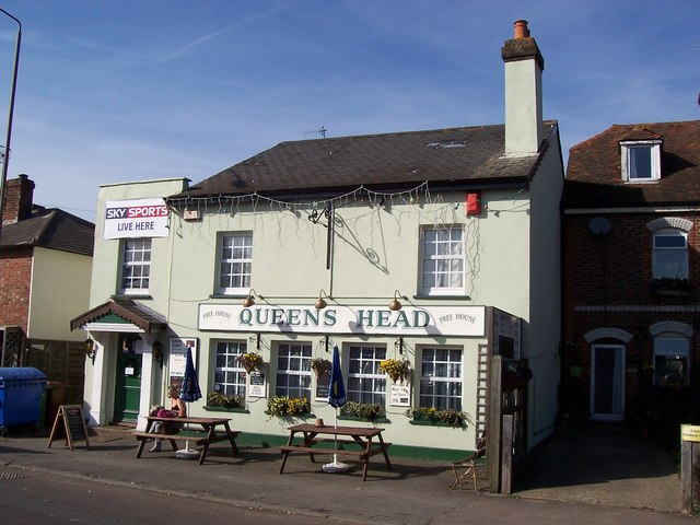 The Queen's Head public house, Five Oak Green