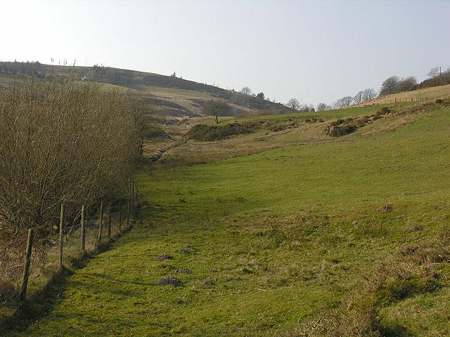 Cwm below Llyn-yr-Oerfa