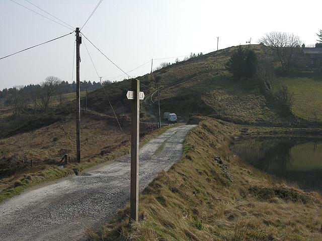 The dam on Llyn-yr-Oerfa
