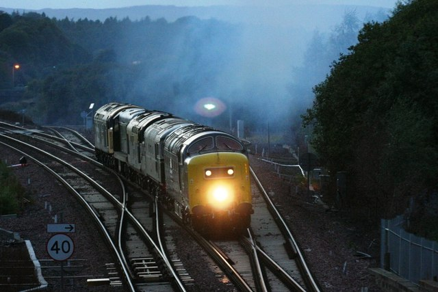 Polmont Junction preserved loco convoy