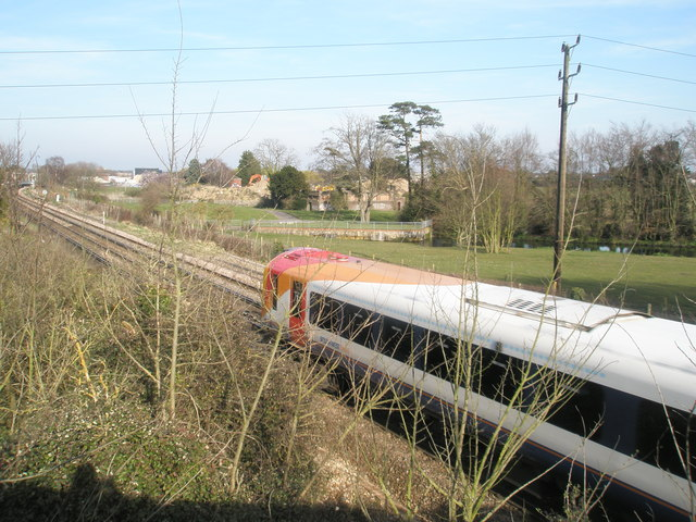 Train from Portsmouth as seen from  Mill Lane Bridge