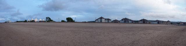 Minehead : Buildings along the Beach