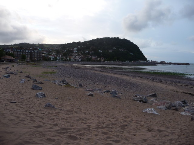 Minehead : Rocks on the Beach