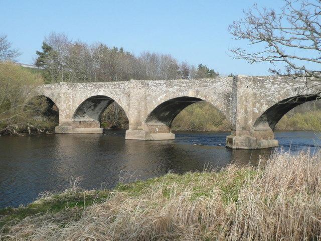 Forteviot Bridge over River Earn