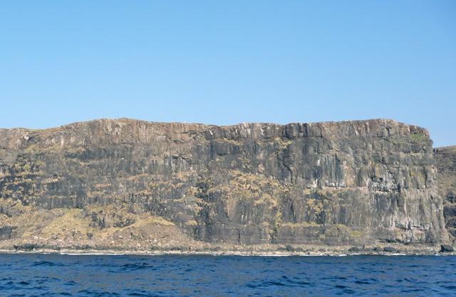 Cliffs west of Glen Dibidal