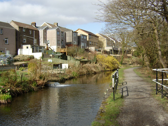 The Swansea Canal at Trebanos