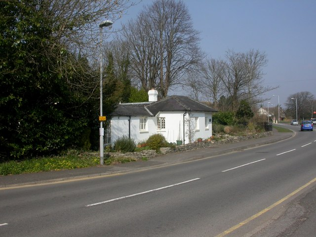 Friar's Cliff, Bure Homage Lodge
