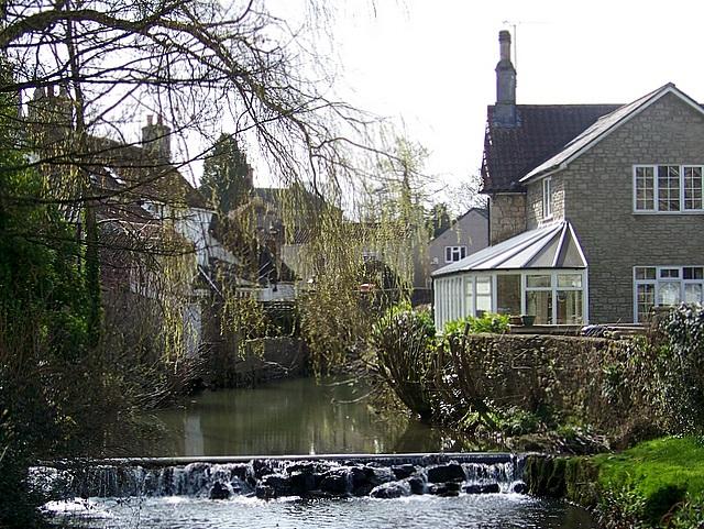 Weir, Nunney Brook