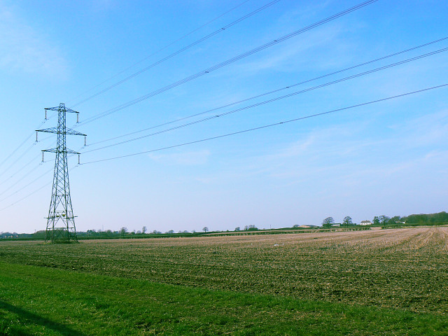 Farmland and power lines, Hook Street