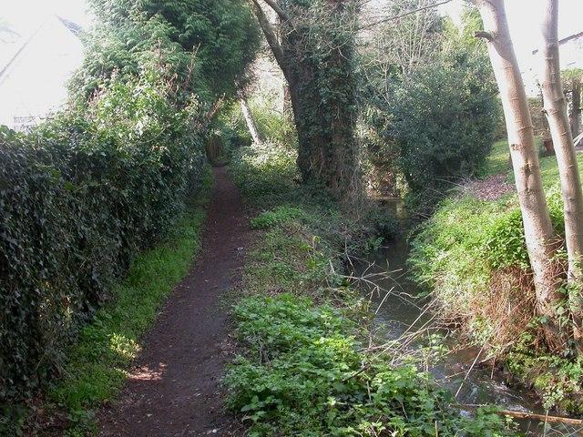 Highcliffe, footpath