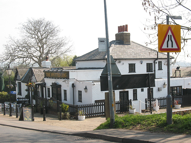 The Spotted Dog, Epping