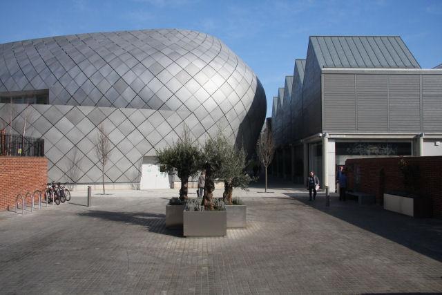 Entrance to 'arc' shopping development