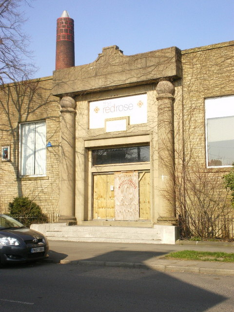 Old Bank Mill, Entrance
