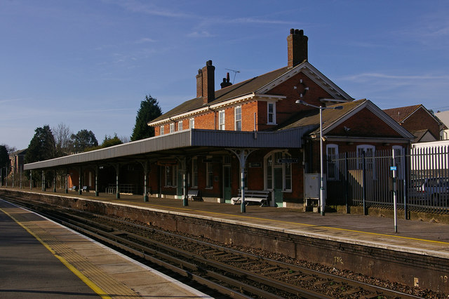 Earlswood Station