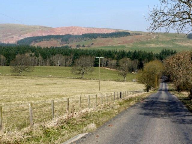 Minor road south of Biddlestone