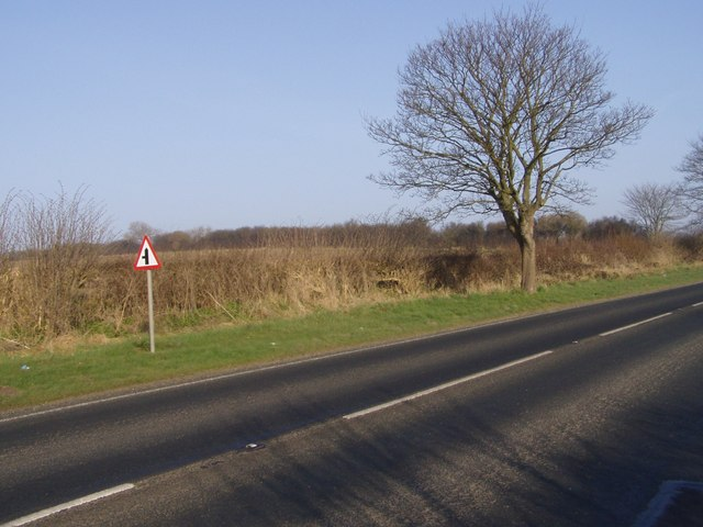 A165 approaching Grindale Lane Junction