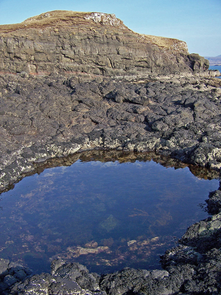 Rock pool at Harlosh Point