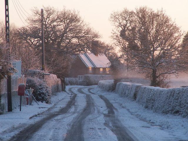Hoofield Road in light snow