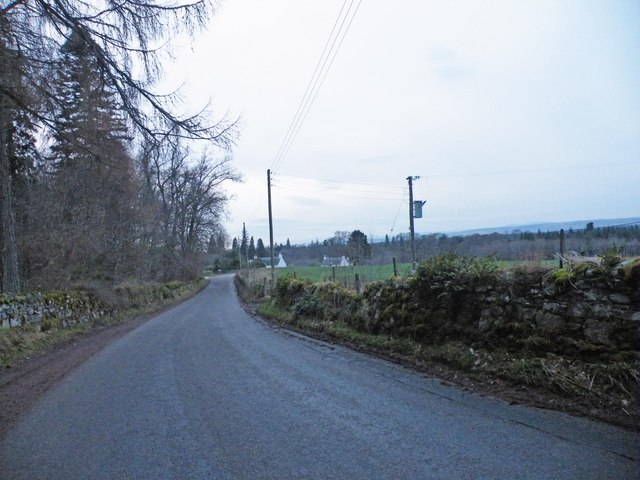 Road approaching Cawdor Castle