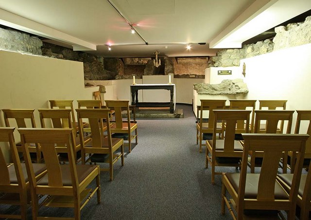 St Bride, Fleet Street, London EC4 - Crypt Chapel