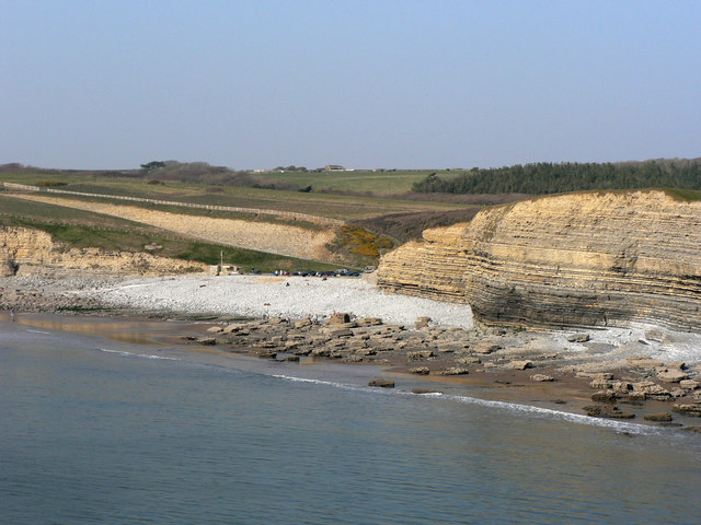 'Beach' and cliffs, Dunraven Bay.