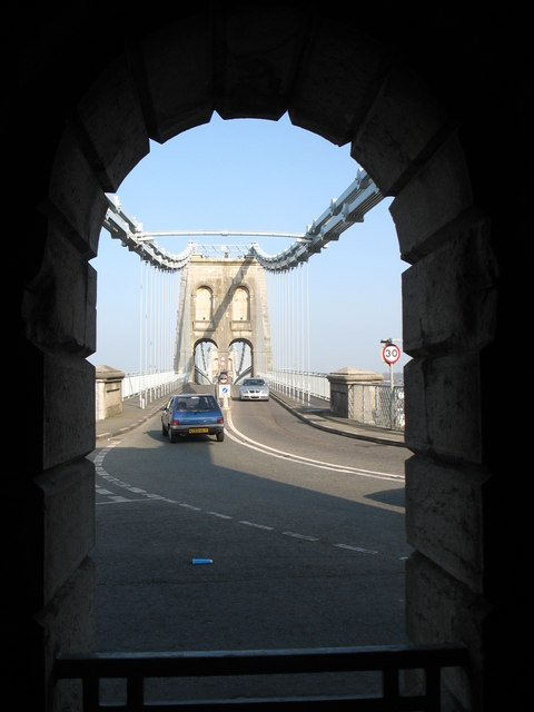 Pont y Borth through the arch of the southern chain anchor house