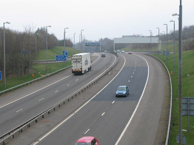 M77 at Junction 1