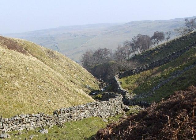 Bloody Vale  looking East