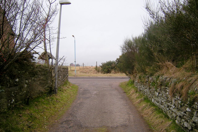 Track from the A932 approaching the Forfar / Montrose Road (B9113)