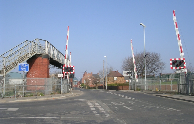 Level Crossing - Womersley Road