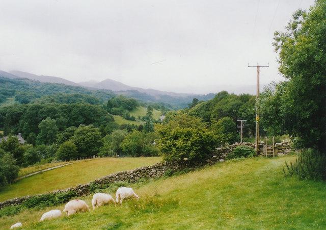 Approaching Dolwyddelan