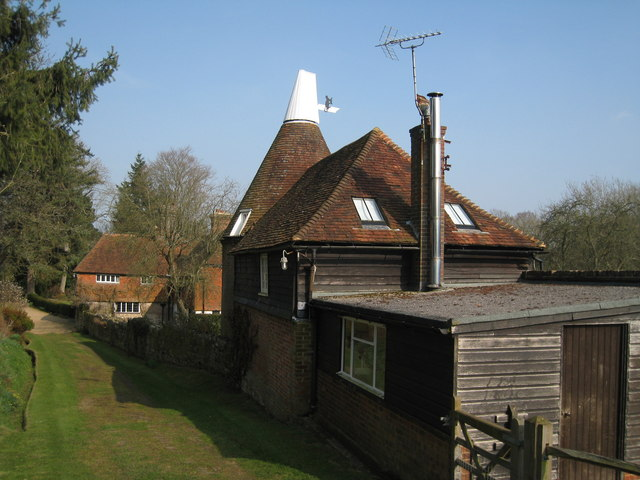 Mousehall Oast, Tidebrook, Wadhurst, East Sussex