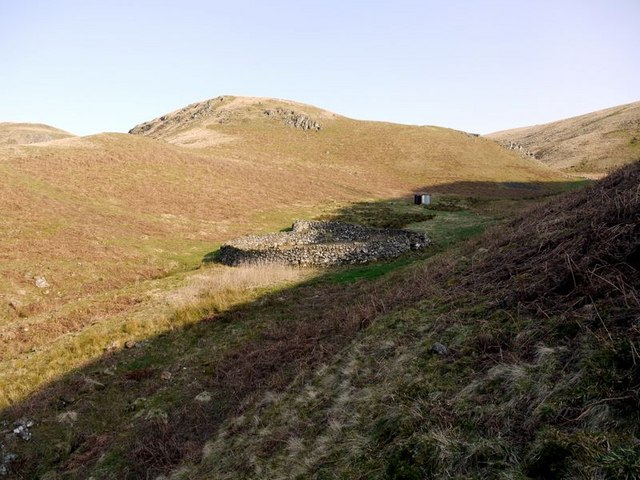 Sheepfold north of Puncherton Hill