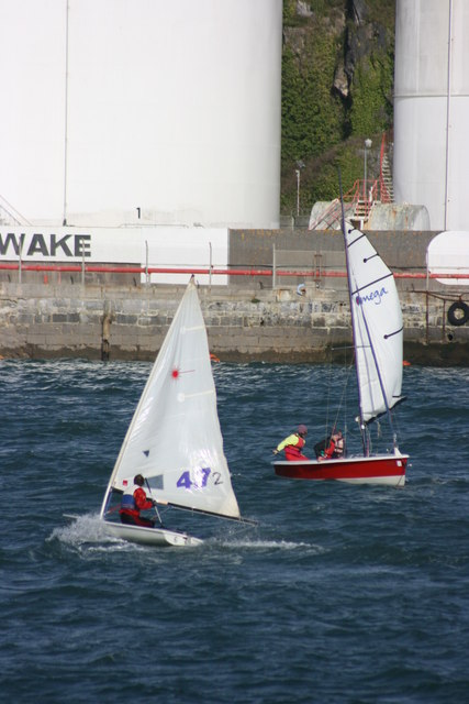 Sailing dinghies on the Cattewater
