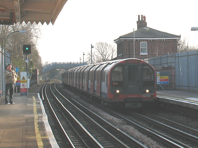Looking south from Buckhurst Hill station