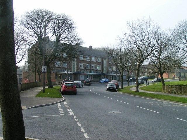 Illingworth Road Shops