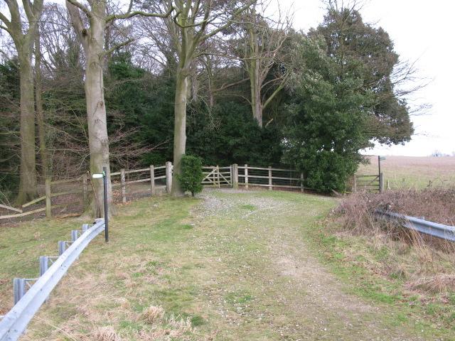 Choice of footpaths, Tilmanstone