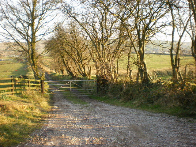 Footpath to Dimpenley Top Farm