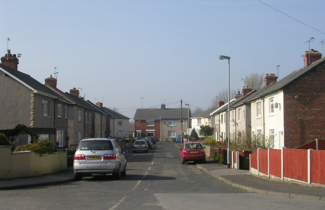 Quarry Avenue - Womersley Road