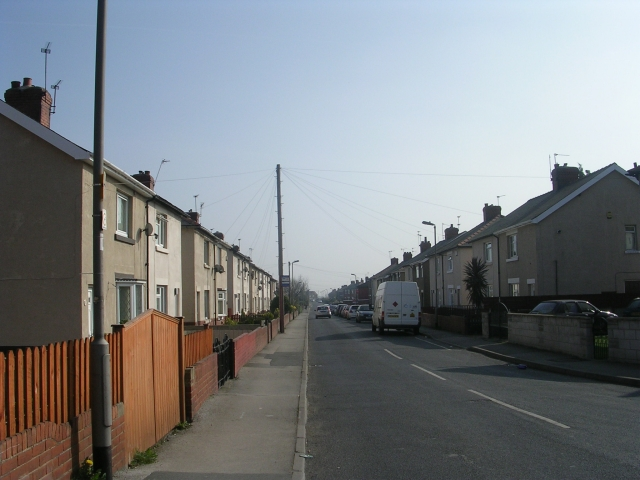 Broomhill Avenue - Womersley Road