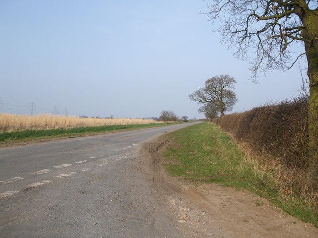Junction on Foggathorpe to Wressle road