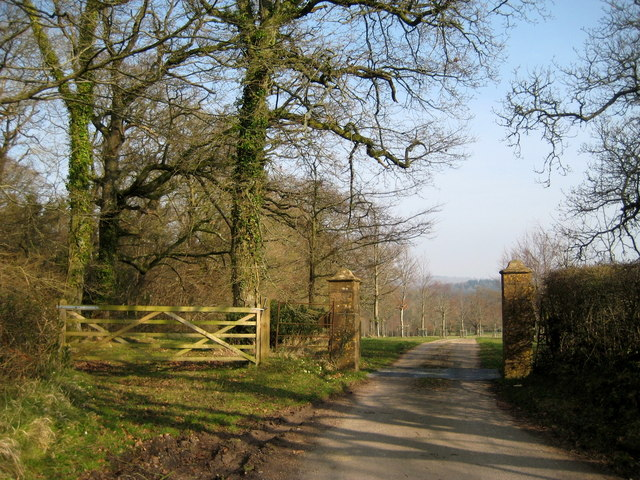 Gateway and drive to Lewcombe