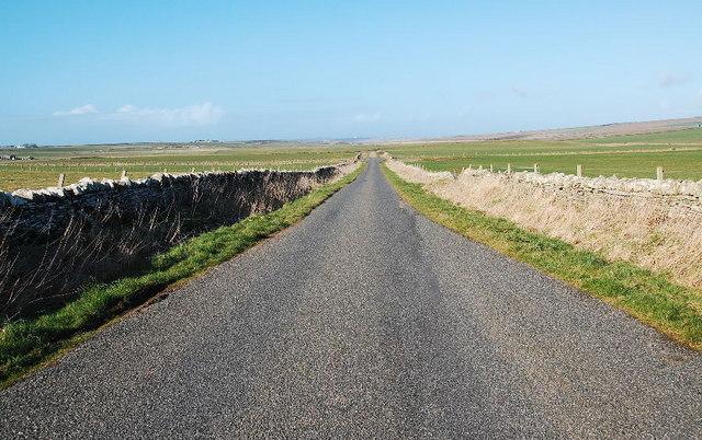 Walled lane