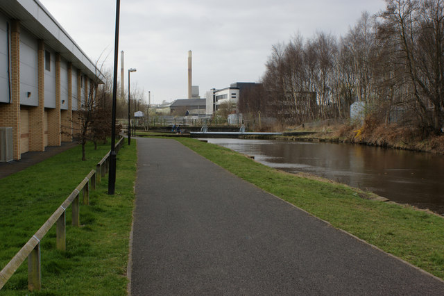 The canal beside Matalan