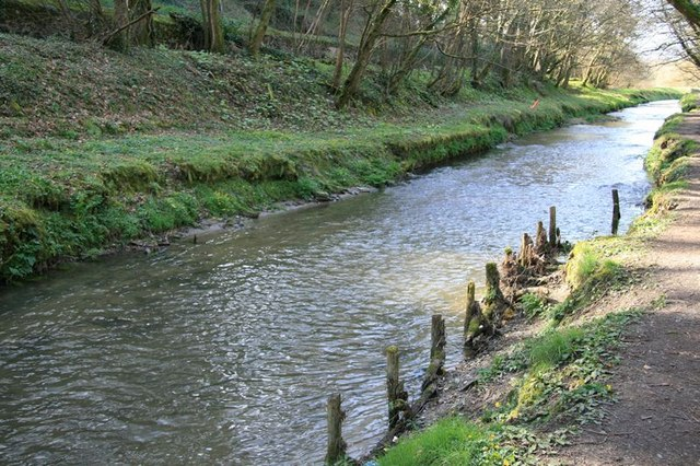 St Austell River bank repairs