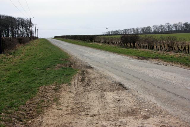 Cobdale Lane crosses Cold Wold