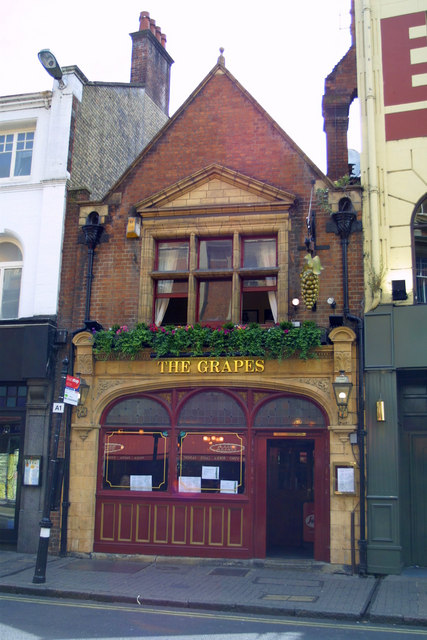 The Grapes, George Street