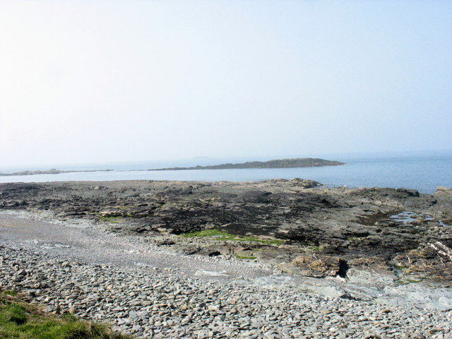View across to the Craig yr Iwrch reef